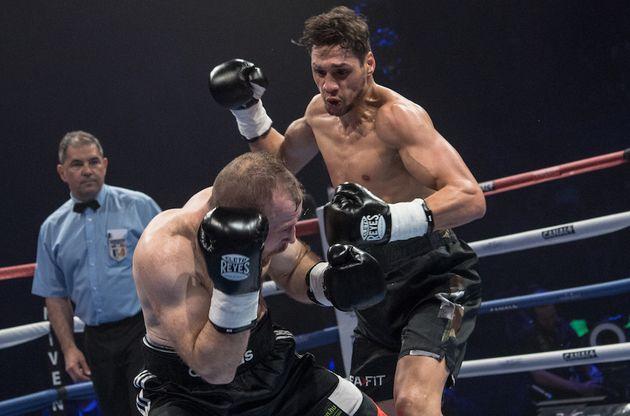 Le boxeur marocain Ahmed El Mousaoui remporte son premier combat de la