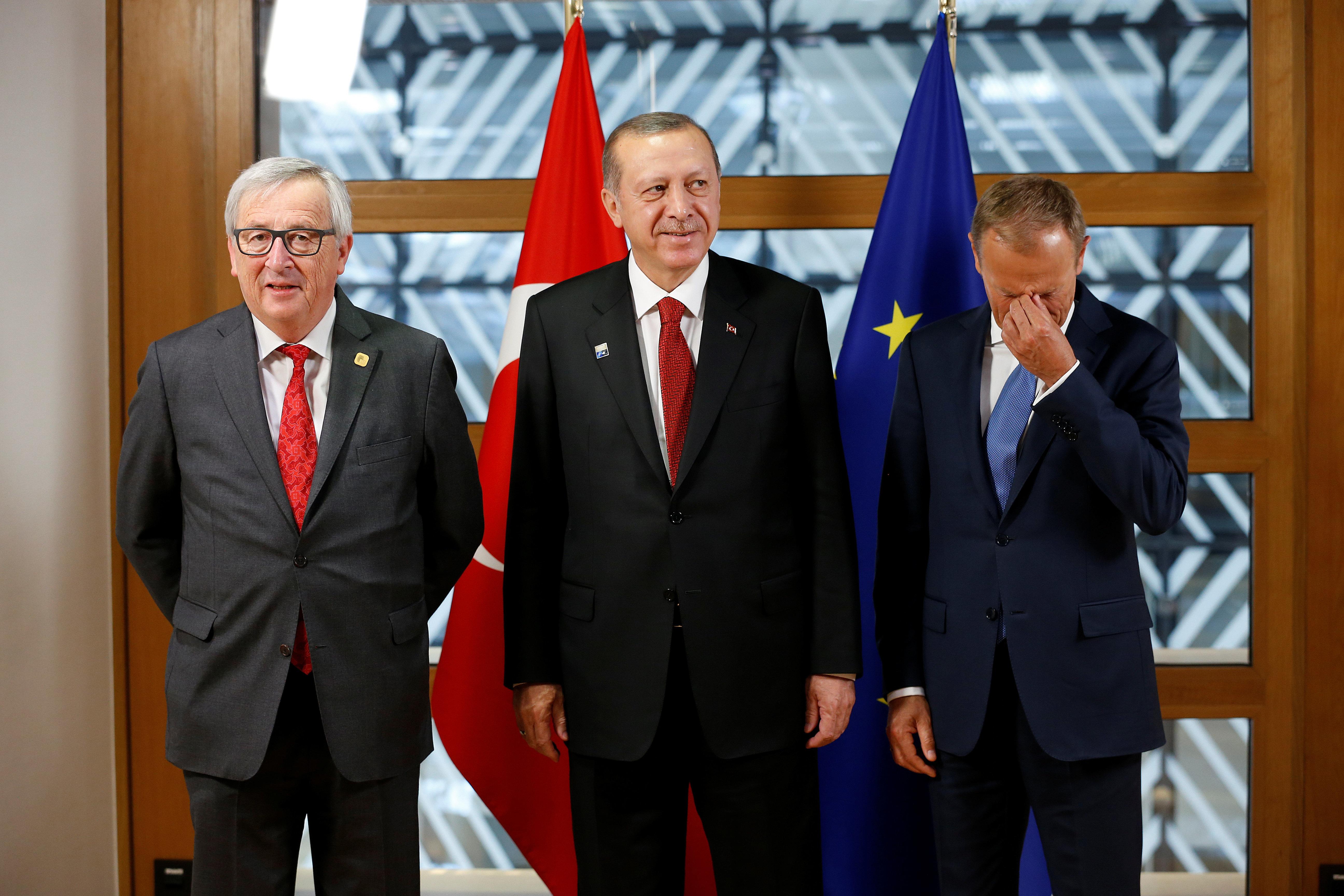 Σύνοδος ΕΕ-Τουρκίας στη Βάρνα. Οι στόχοι των Βρυξελλών και το ισχυρό χαρτί της Άγκυρας, η ατζέντα και οι