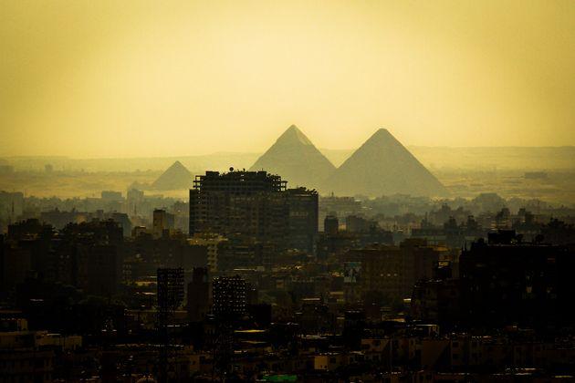 Με κατηγορίες για τα ρεπορτάζ της και περί δήθεν «παράνομης εργασίας» δικαιολογεί η Αίγυπτος την απέλαση...