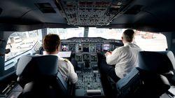 Mann begrapscht Stewardess – dann bittet der Pilot ihn ins Cockpit