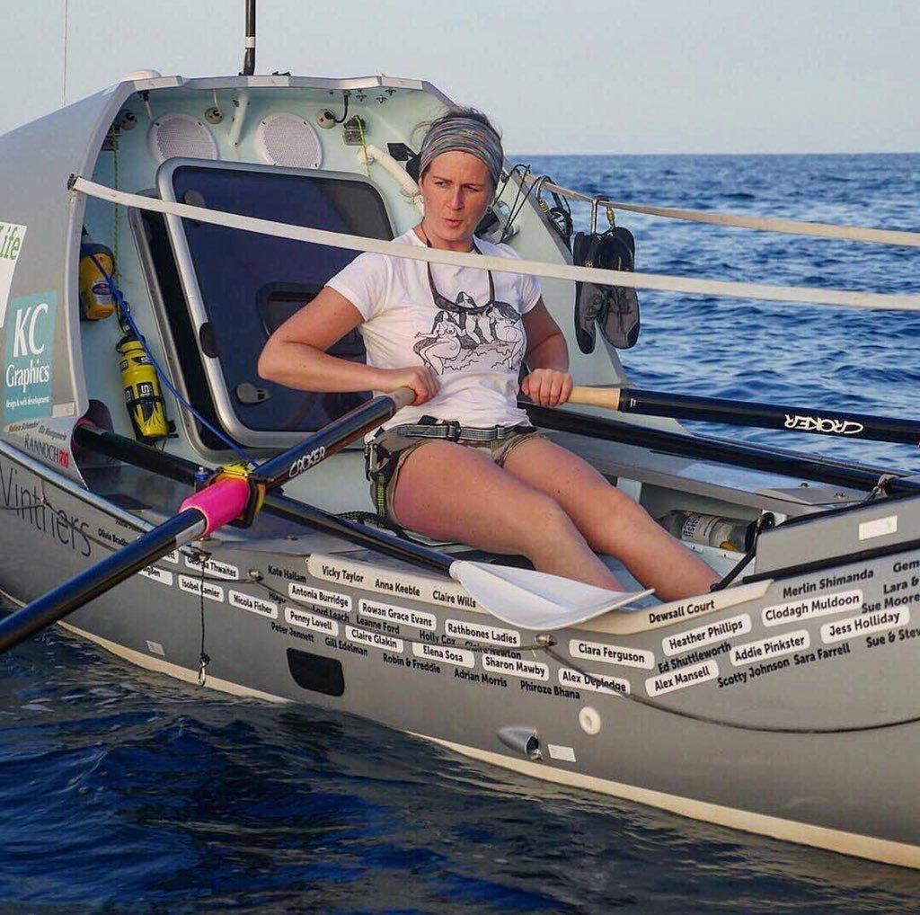 Après un cancer, elle bat le record de la traversée de l'Atlantique à la rame