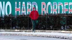 Zu Besuch an der irischen Grenze, wo die Menschen wegen des Brexits Angst vor neuer Gewalt haben