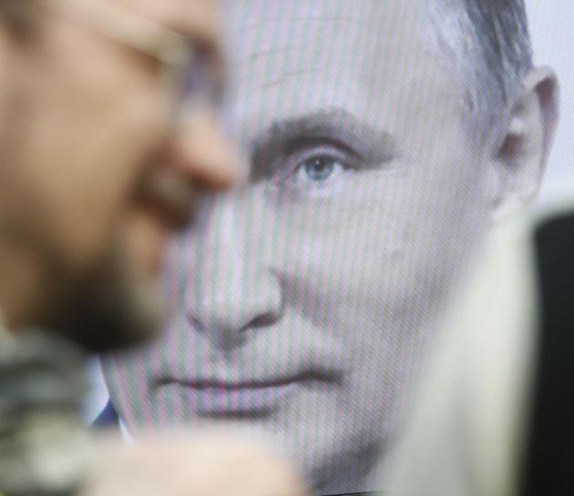 Υπόθεση Σκριπάλ: ΗΠΑ και 14 Κράτη - Μέλη της ΕΕ απελαύνουν Ρώσους