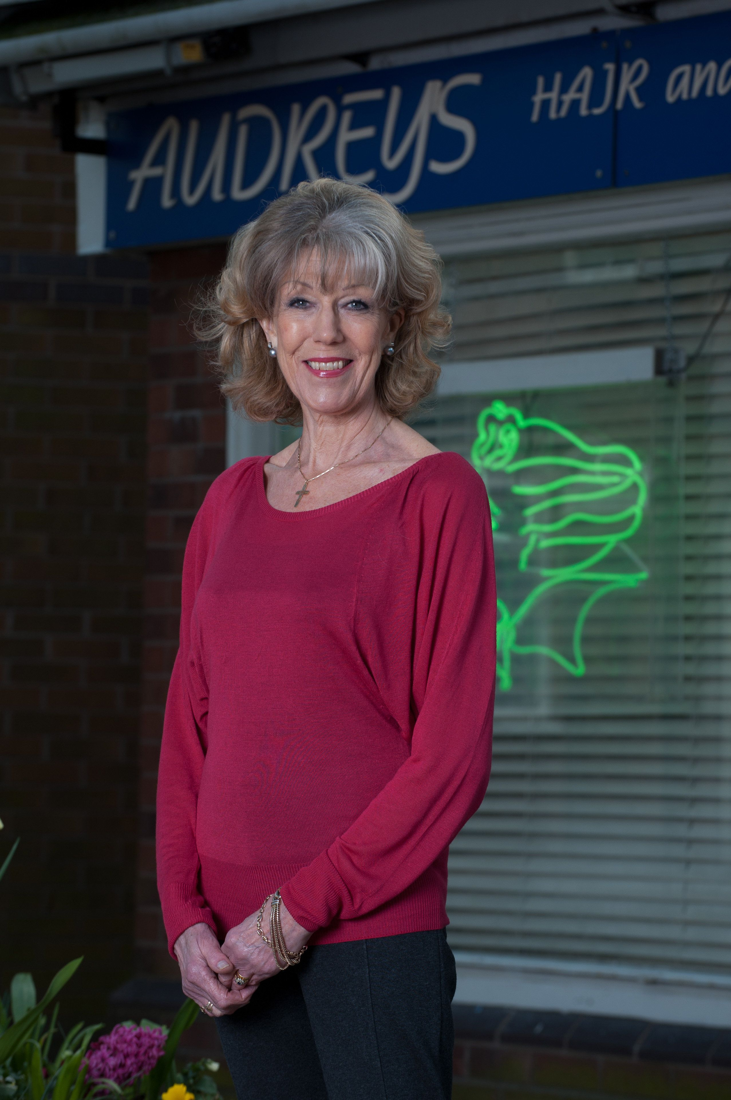 'Corrie' Veteran Sue Nicholls Says She 'Knows Sainsbury's Staff Better Than New Cast