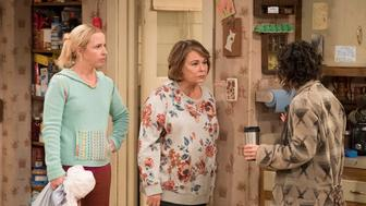 Lecy Goranson Roseanne Barr and Sarah Chalke in a scene from Roseanne