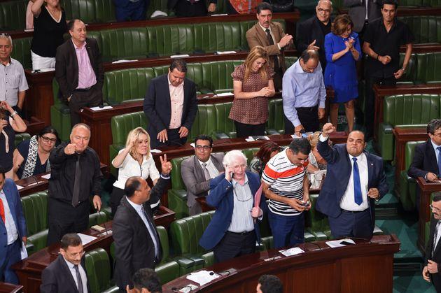 IVD - Nidaa Tounes, satisfait du résultat du vote, promet une nouvelle loi pour régir le processus de...