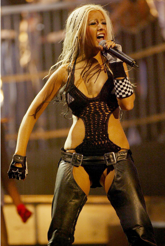 Kaum wiederzukennen: In einem Fotoshooting präsentiert sich Christina Aguilera mit neuem Look