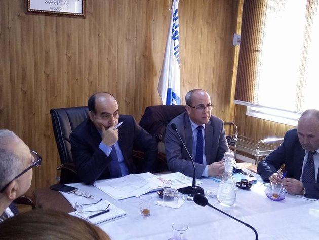 A gauche le nouveau directeur de l'Algerienne des eaux M Smail
