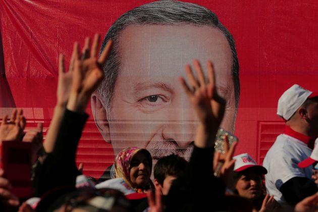 Η σύνδεση εσωτερικής-εξωτερικής πολιτικής της Τουρκίας και ο απρόβλεπτος