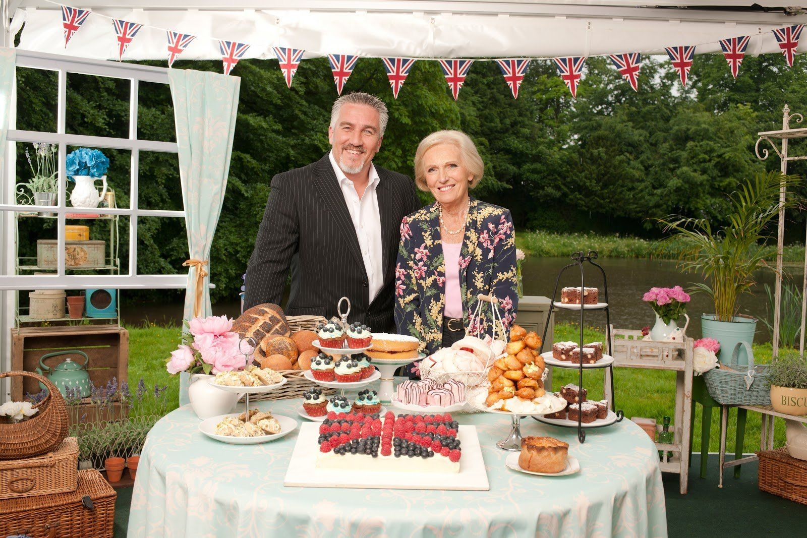 Cancel Your Bank Holiday Plans, Netflix Is Now Streaming Old Episodes Of 'Great British Bake