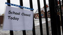 Συναγερμός σε πολλά σχολεία στη Βρετανία μετά την αποστολή απειλητικών