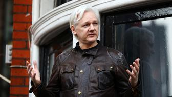 WikiLeaks founder Julian Assange speaks on the balcony of the Ecuadorian Embassy in London, Britain, May 19, 2017. REUTERS/Neil Hall