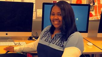 Melanie Rayford doesnt have a computer or a reliable internet connection at home To do her schoolwork she relies heavily on the computer lab at Detroits Cass Tech where she attends high school