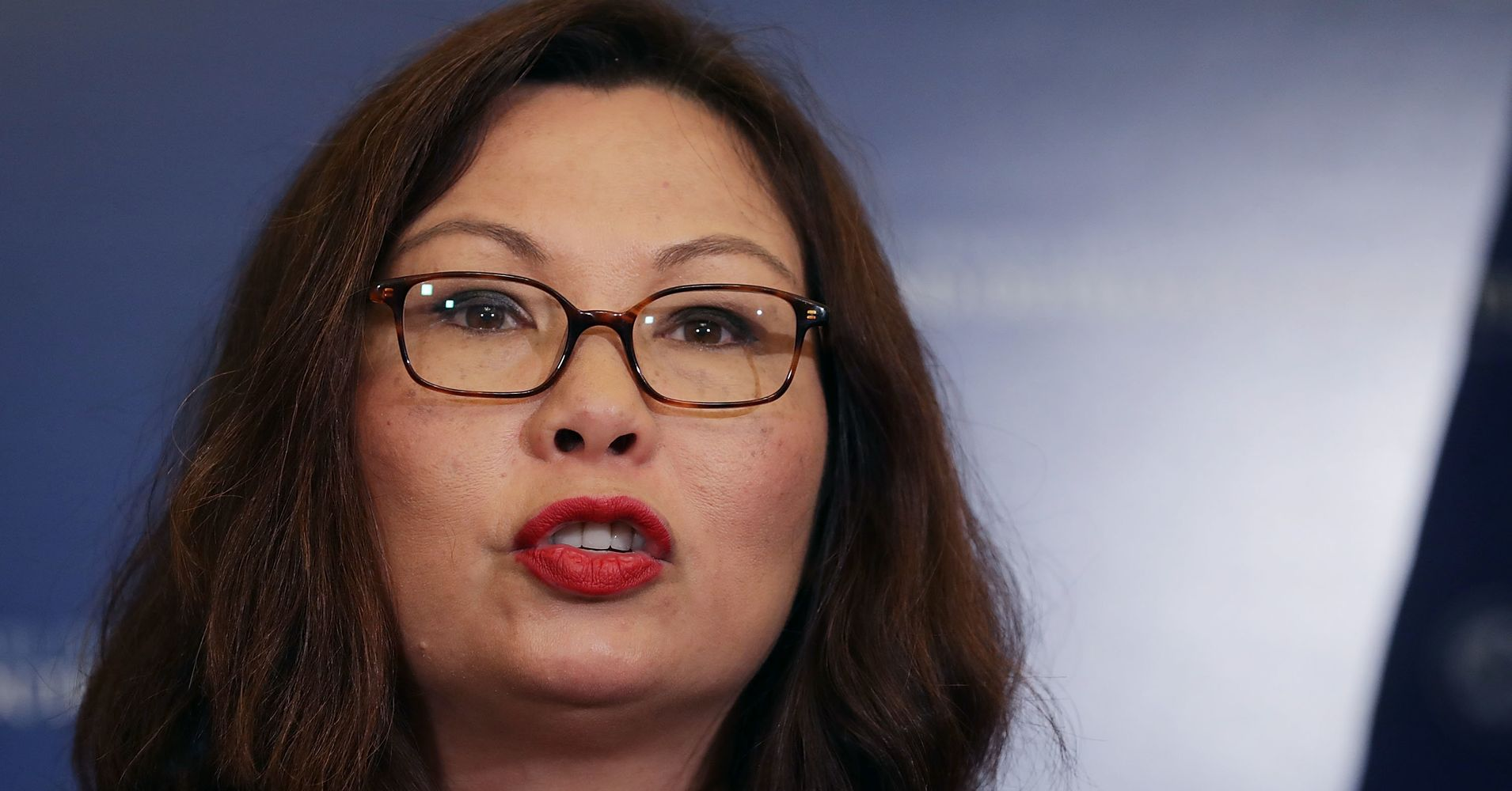 Tammy Duckworth Rebukes Red State Blog For Saying 'She Doesn't Have A Leg To Stand On' 1