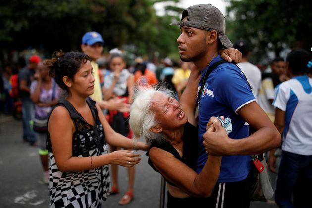 Θρήνος στη Βενεζουέλα. 68 νεκροί μετά από εξέγερση και πυρκαγιά που ξέσπασε στο αρχηγείο της