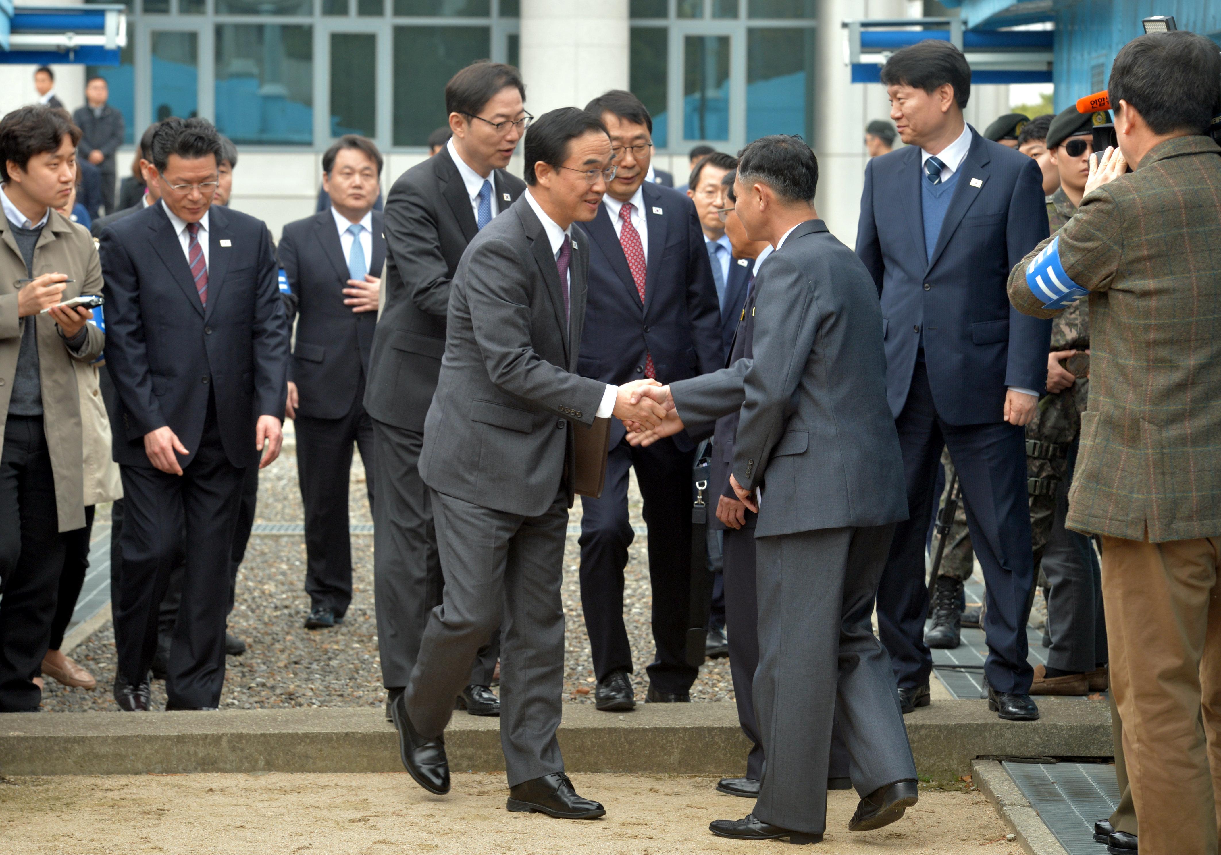 4월27일 문재인과 김정은이 만난다