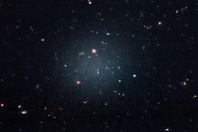 Ανακαλύφθηκε ο πρώτος γαλαξίας χωρίς σκοτεινή