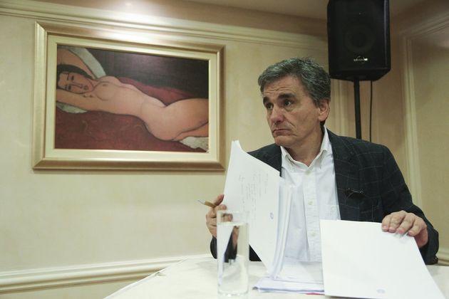 Ο Τσακαλώτος μίλησε με φόντο ένα γυμνό του Μοντιλιάνι, κάποιοι θίχτηκαν και το twitter έπιασε