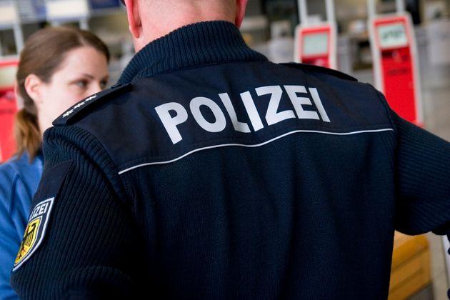 34χρονος στη Γερμανία ζητά τη βοήθεια της αστυνομίας για να χωρίσει την κοπέλα