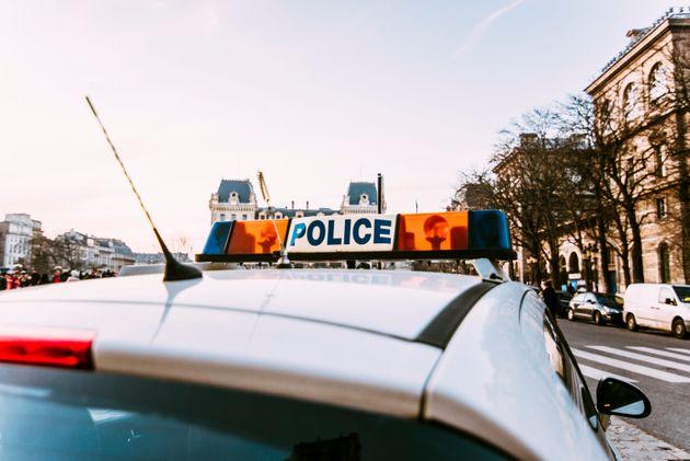 Επίθεση με αυτοκίνητο εναντίον στρατιωτών στη Γαλλία. Δύο