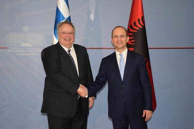 Συνάντηση Κοτζιά με τον Αλβανό ομόλογό του στα Τίρανα. Τι