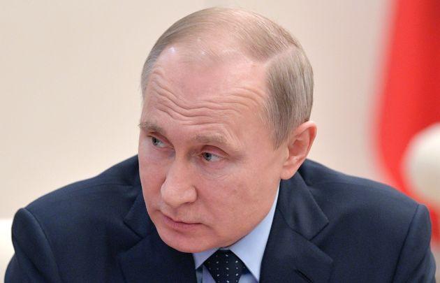 러시아가 미국 외교관 60명 추방·영사관 폐쇄로