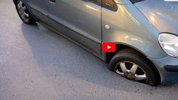 Αυτοκίνητο σφηνώθηκε σε τρύπα