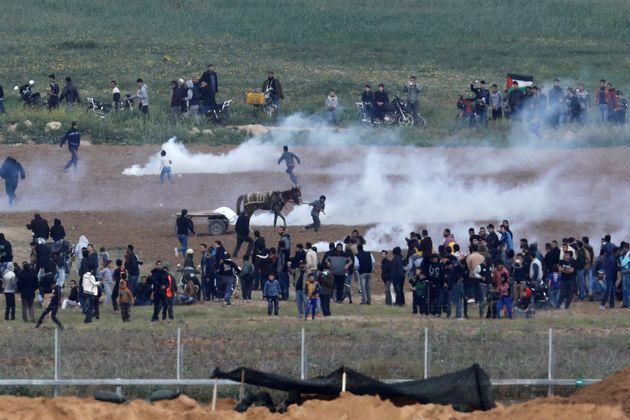 Israël tire sur les Palestiniens à l'occasion des rassemblements dénonçant...