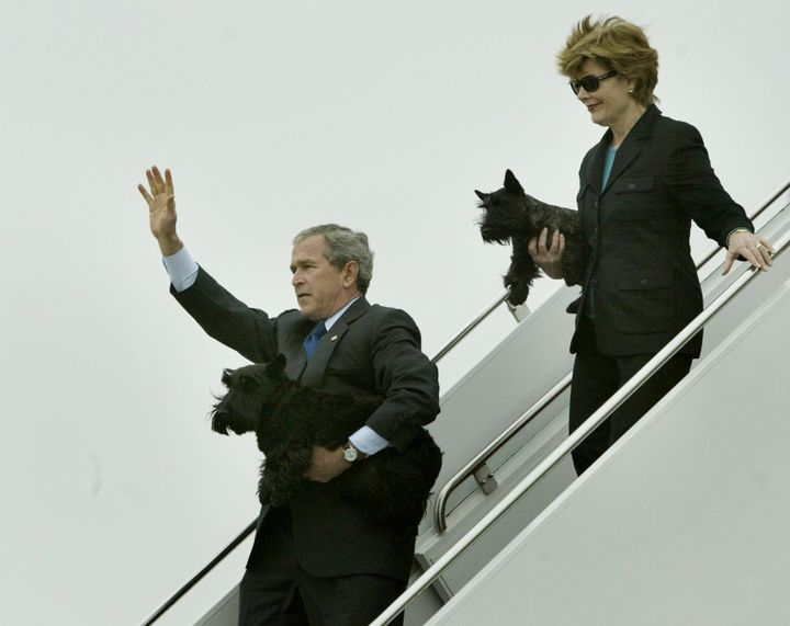 The Bushes carrying Barney and Miss Beazley.