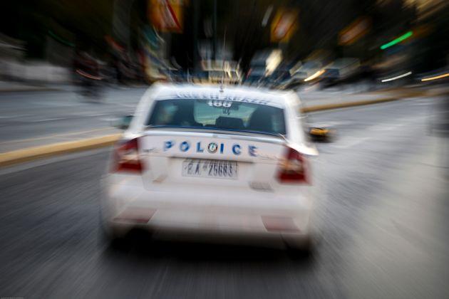 Θεσσαλονίκη: Αδέρφια κατήγγειλαν ότι τους κρατούσε ομήρους συγγενής τους για να τους αποσπά