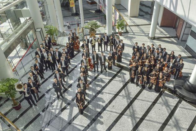 H Φιλαρμονική Ορχήστρα της Χανγκτσόου στο Μέγαρο Μουσικής στις 16
