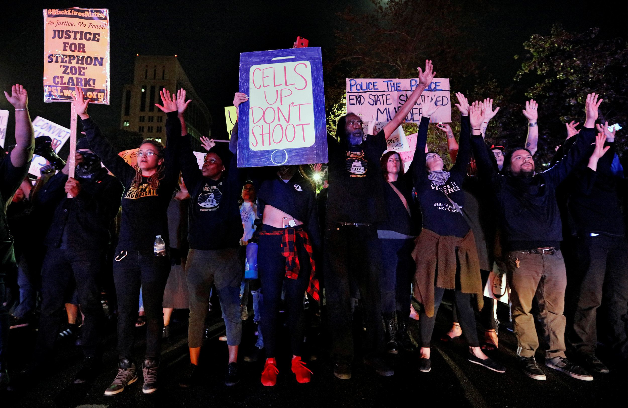 Demonstrators protest the police shooting of Stephon Clark, in Sacramento, California, U.S., March 30, 2018.  REUTERS/Bob Strong