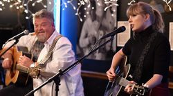 Taylor Swift Gives Surprise Performance At Cafe Where She Was