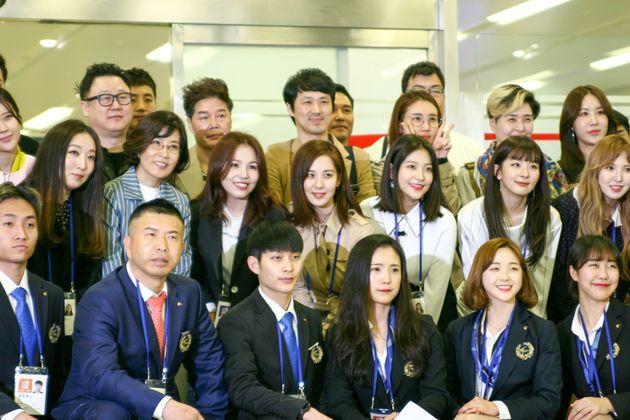 평양 출발 전 김포공항 단체