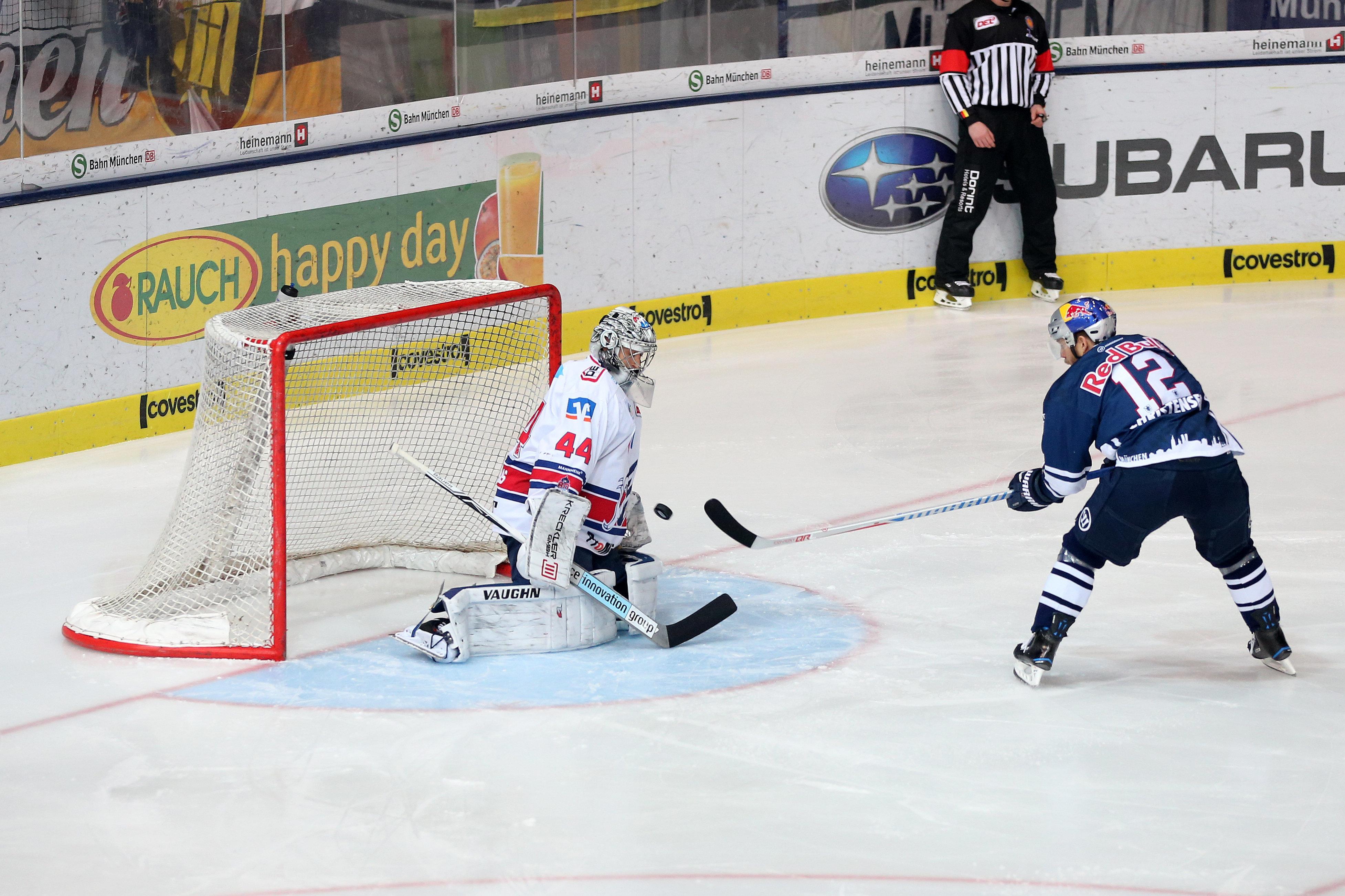 Eishockey: DEL: München gewinnt Spiel drei gegen Mannheim