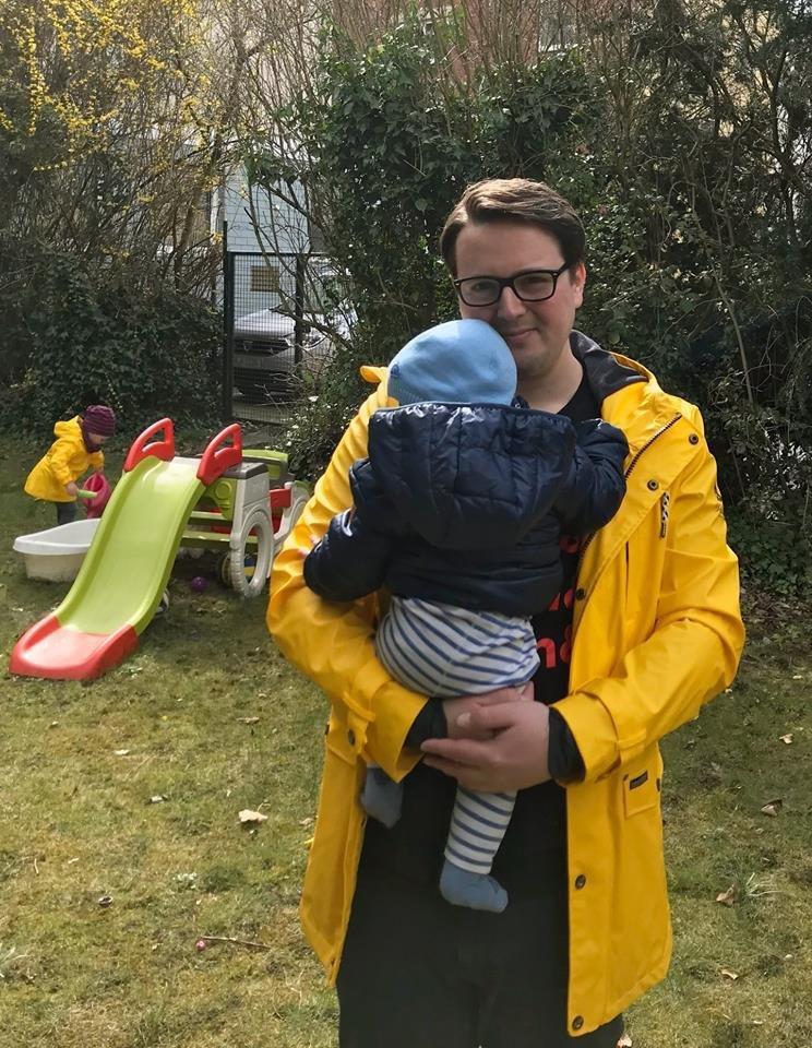 Kölner Vater: An alle Mütter, die sich mehr um ihre Instagram-Profile kümmern als um ihre Kinder