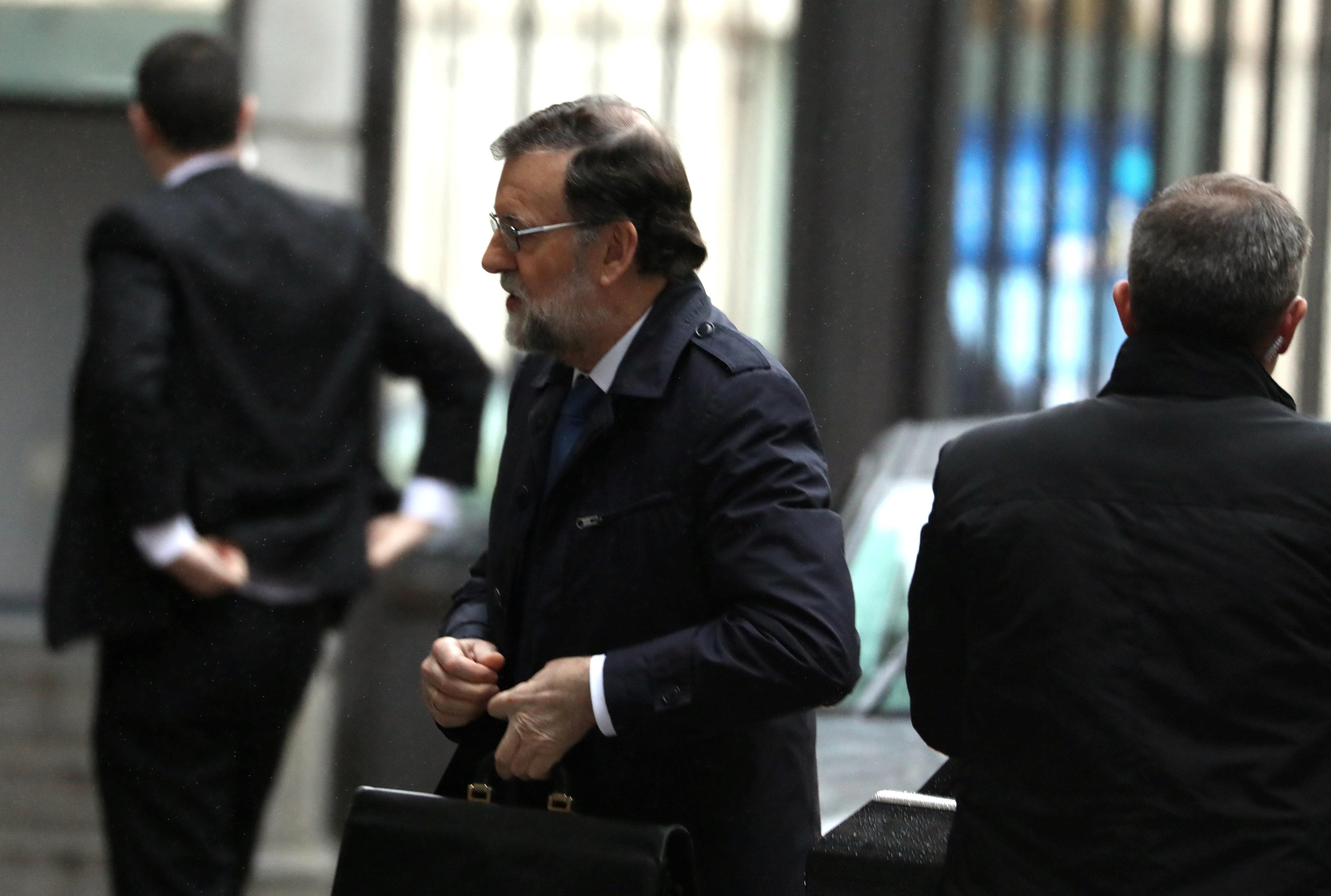 Le président du gouvernement espagnol Mariano Rajoy à Alger