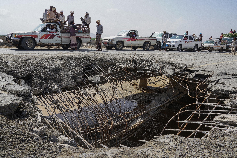 Un incendie détruit d'importants stocks d'aide humanitaire au port de Hodeida — Yémen