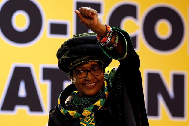 Afrique du Sud: décès de Winnie Mandela, l'ex-épouse de Nelson