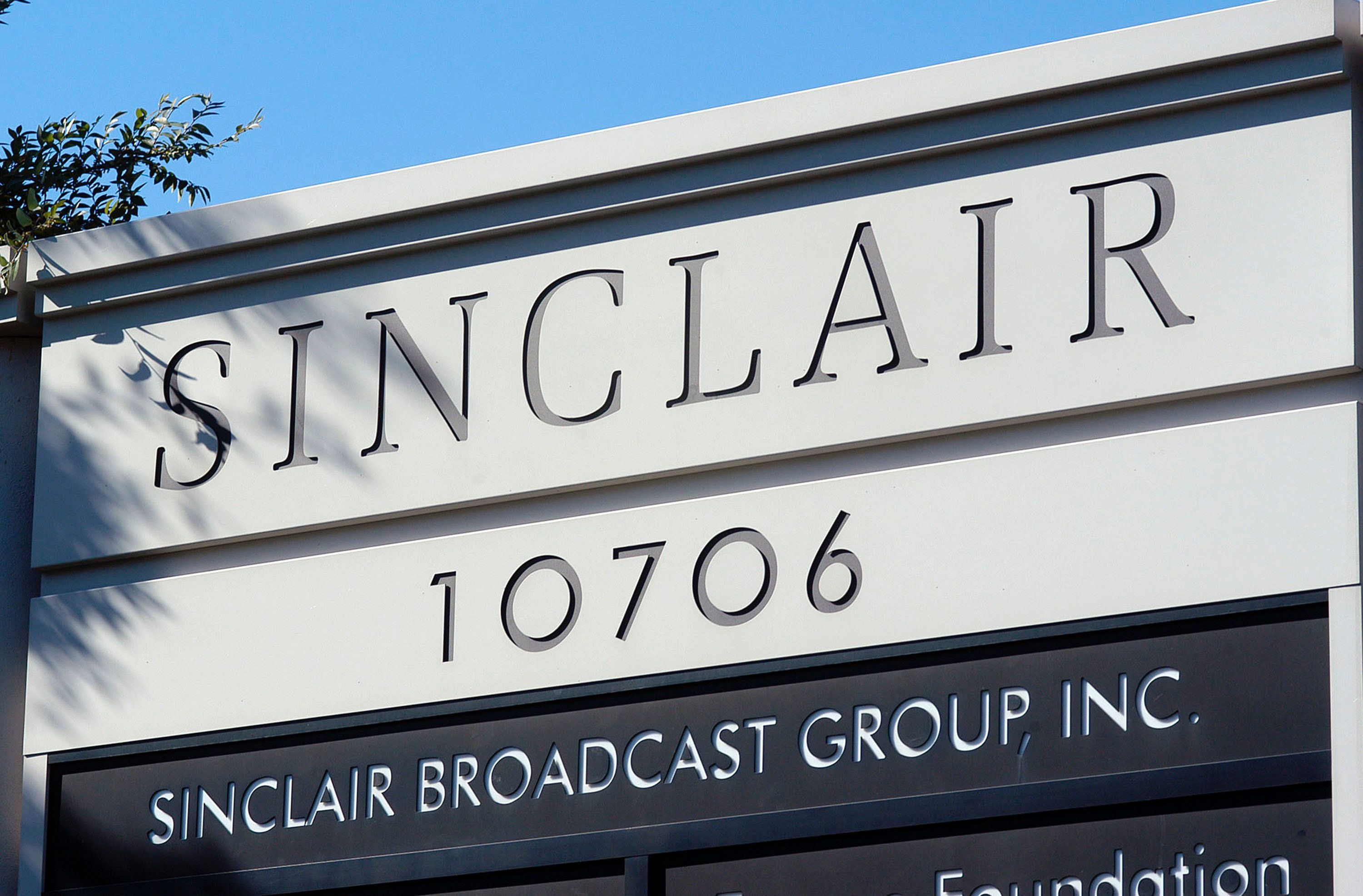 HUNT VALLEY, MD - OCTOBER 12:  A sign for the Sinclair Broadcast building is seen in a buisness district October 12, 2004 in Hunt Valley, Maryland. Sinclair Broadcast Group, the owner of the largest chain of television stations in the nation, plans to preempt regular programming two weeks before the Nov. 2 election to air a documentary that accuses John Kerry of betraying American prisoners during the Vietnam War.  (Photo by William Thomas Cain/Getty Images)