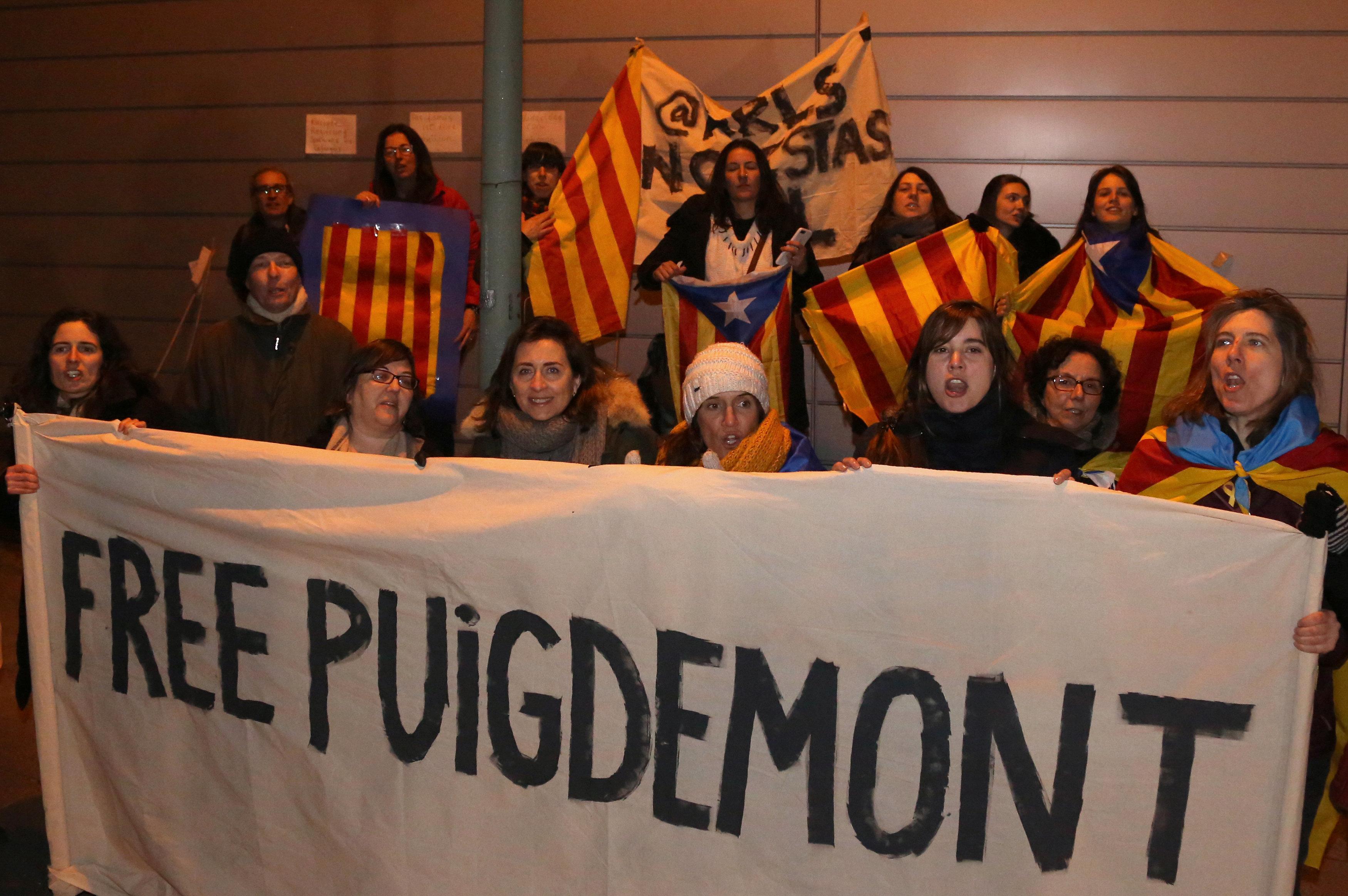 Allemagne: la perspective d'une extradition de Puigdemont se