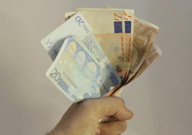 Στα 3,390 δισ. ευρώ ανήλθαν οι ληξιπρόθεσμες οφειλές