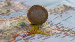 Handelsblatt: Σχέδια για την ελάφρυνση του ελληνικού χρέους με ρήτρα ανάπτυξης υπέβαλαν ESΜ και