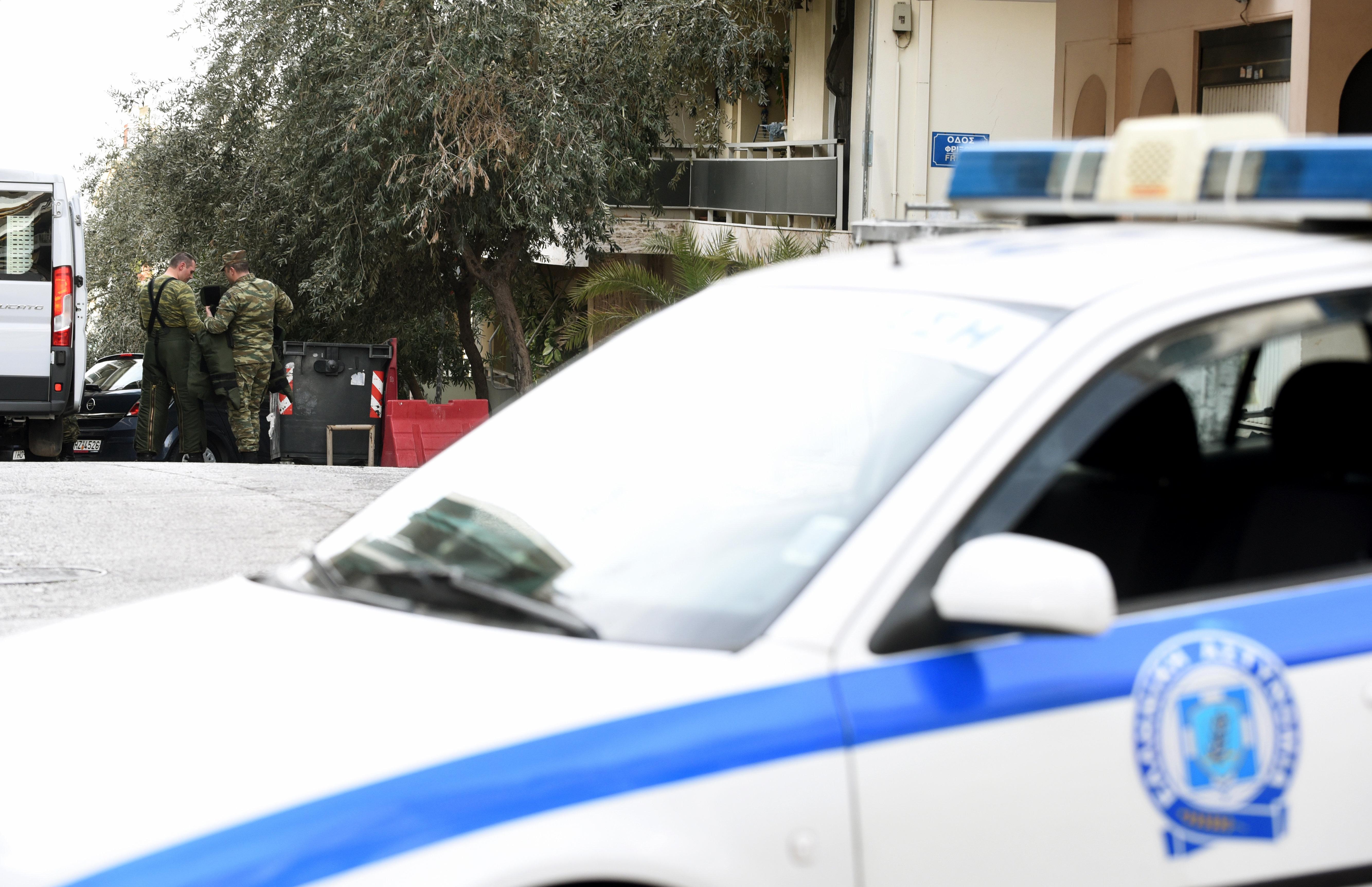 Συνελήφθη 72χρονος στη Θεσσαλονίκη που πυροβόλησε στον αέρα μετά από καβγά με τον εγγονό
