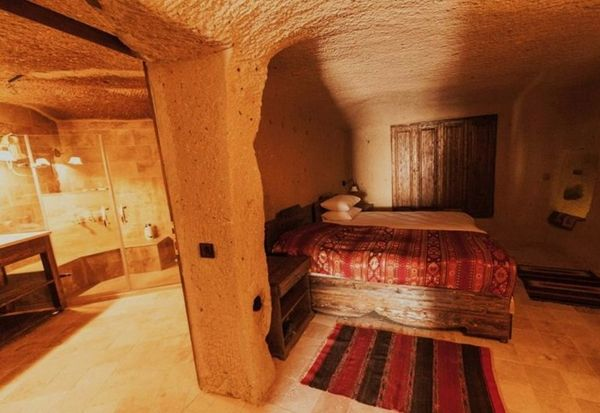 "This cave house is located in Ortahisar, <a href=""https://www.homeaway.com.sg/p3962040"" target=""_blank"">one of the"