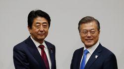 아베 총리가 문대통령에 '남북회담 이전 방일'을