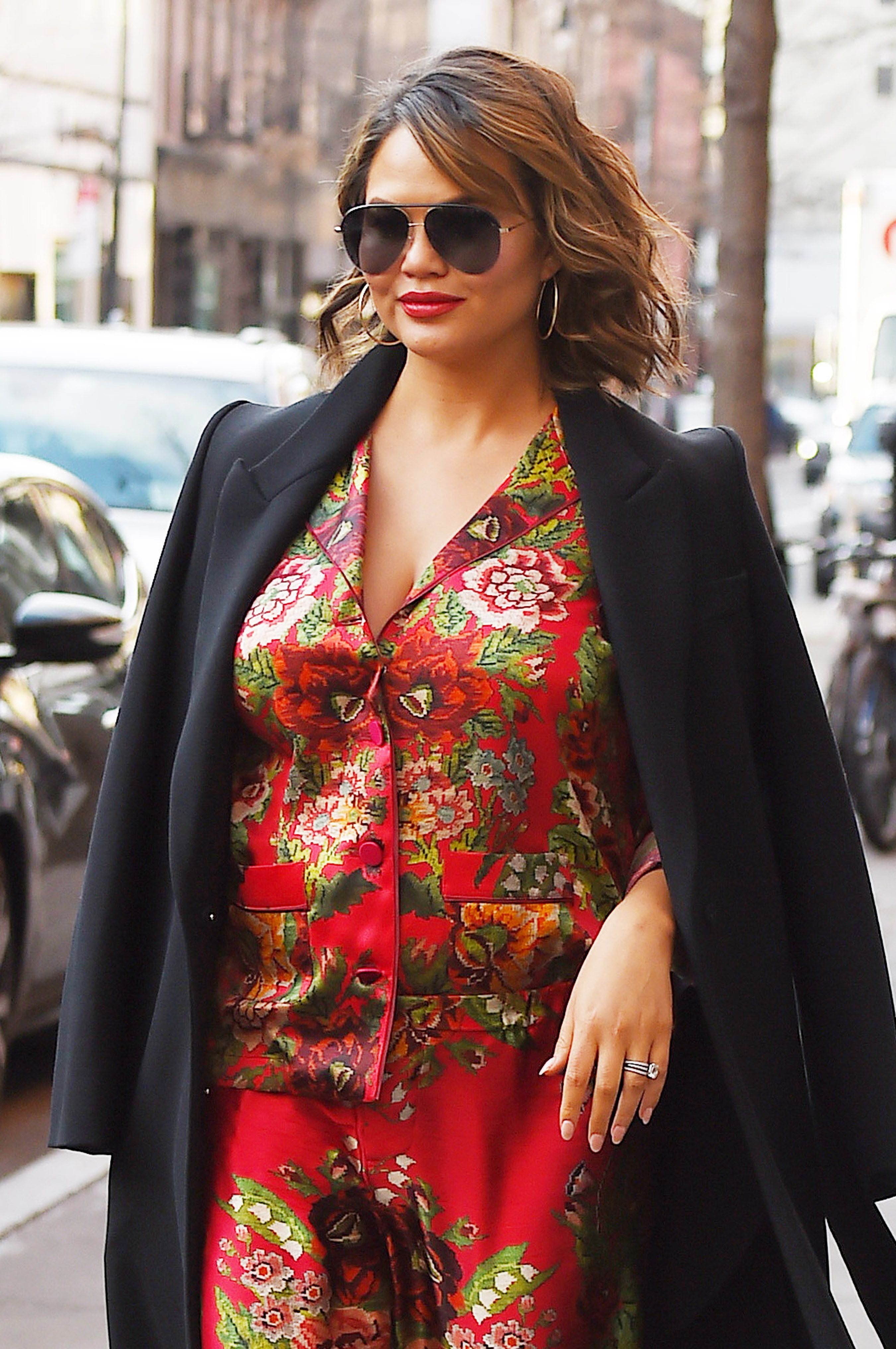 NEW YORK, NY - FEBRUARY 28: Chrissy Teigen seen on the streets of Manhattan on February 28, 2018 in New York City. (Photo by Josiah Kamau/BuzzFoto via Getty Images)