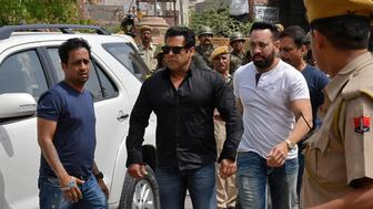 Bollywood actor Salman Khan (2nd L) arrives at a court in Jodhpur in the western state of Rajasthan, India, April 5, 2018. REUTERS/Stringer