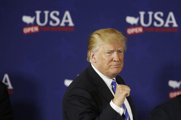 트럼프가 중국에 1000억달러 추가 관세 부과 검토를