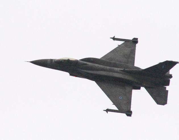 Εμπλοκή με οπλισμένα τουρκικά F-16 πάνω από το